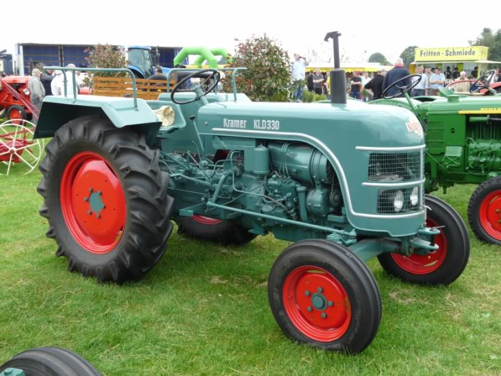 fordson combine with 693 on 3952752234 together with 1003 as well 8lxhs 1948 Ferguson Short Ruined Wiring Coil Need Clear Diagram likewise New Holland further 3797.